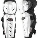 Ice board knee guards